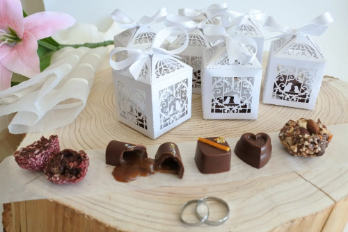 vegan chocolate favour boxes
