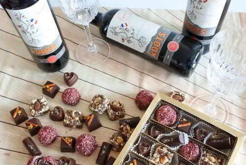 Vegan Assorted Chocolate & Red Wine Hamper Box