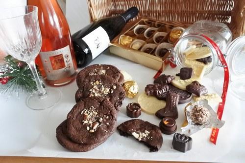 Organic Chocolate & Champagne Hamper